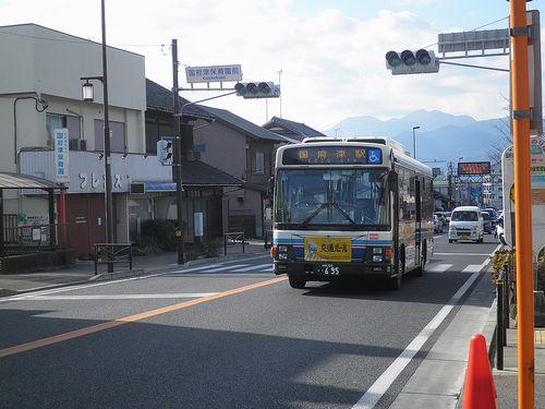 箱根登山バス(神奈川県小田原市国府津)(2011年12月31日)