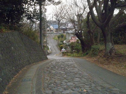 旧東海道・愛宕坂(静岡県三島市初音台)(2012年1月28日)