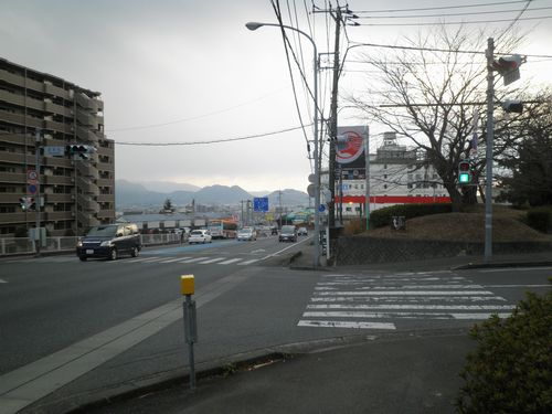 旧東海道・国道1号線・「五本松」交差点(静岡県三島市初音台)(2012年1月28日)1