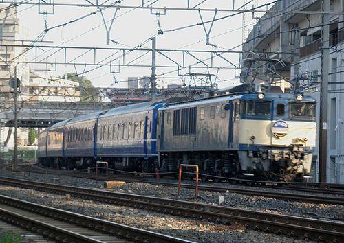 EF64 1031[長岡]牽引・臨時特急「あけぼの」9022列車(王子~東十条間)(2014年4月27日) (1)