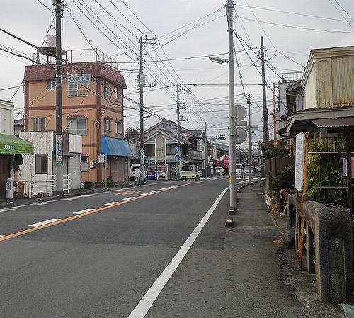 旧東海道・三島市加屋町と駿東郡清水町伏見の境界(2012年1月29日)