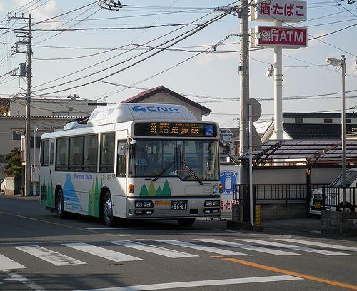 富士急シティバス・CNG車「エバーグリーンシャトル」(旧東海道・沼津市原)(2012年1月29日)