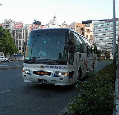 豊鉄バス「新宿豊橋エクスプレス・ほの国号」(2014年5月4日・豊橋駅前)