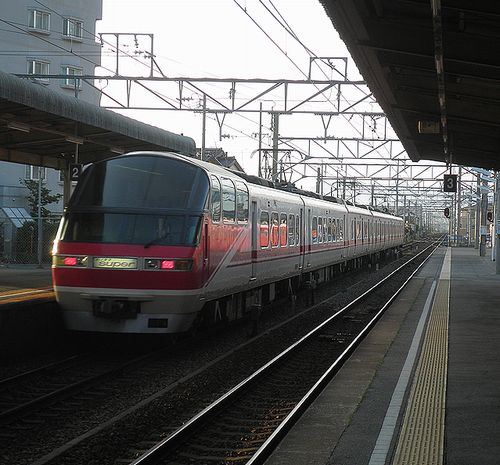 名古屋鉄道1000系+1200系(2014年5月4日・伊奈駅)