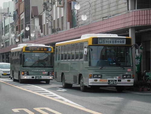 富士急静岡バス(静岡県富士市平垣本町・富士本町通り)(2012年2月22日)