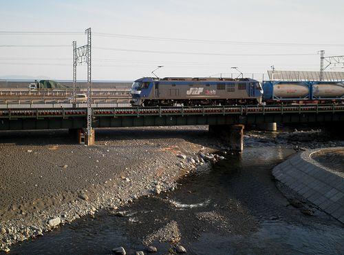 東海道本線由比川橋梁(蒲原~由比間)(静岡市清水区由比)(2014年3月8日)