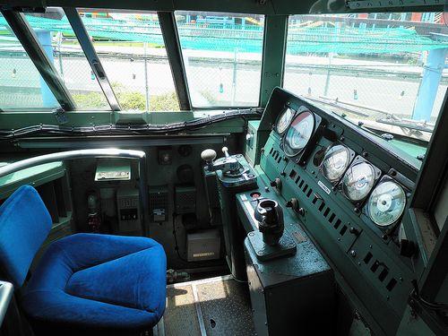 クハ183-1529運転席(群馬県伊勢崎市・華蔵寺公園遊園地)(2014年6月20日)
