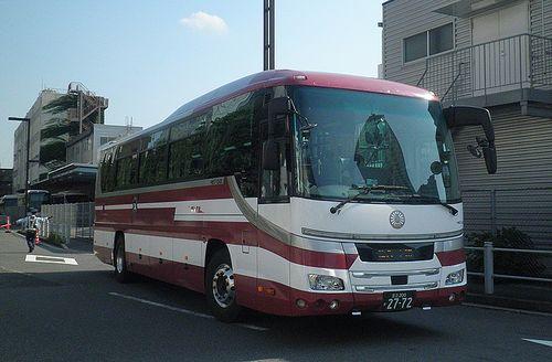 ジェイアールバス関東H657-12401(足立200か2772)日野・セレガ(2014年7月26日・新宿駅新南口)