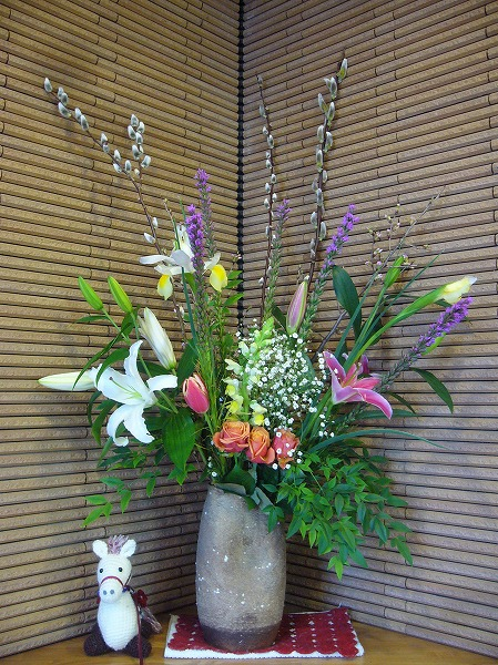 お店にお花いっぱい(福山) 26.3.7