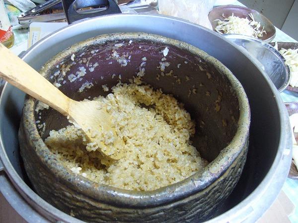玄米ご飯出来上がり 26.3.22