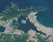 766px-Lake_nakaumi_landsat[1]