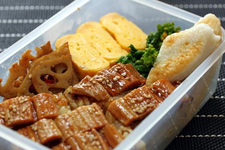 蒸し穴子寿司弁当