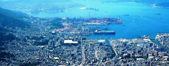 灰ヶ峰からの呉港眺望