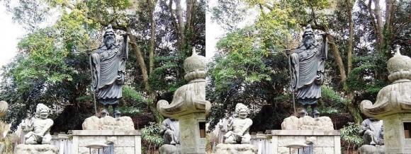 金峯山寺 役行者銅像(交差法)