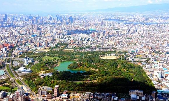 鶴見緑地公園空撮