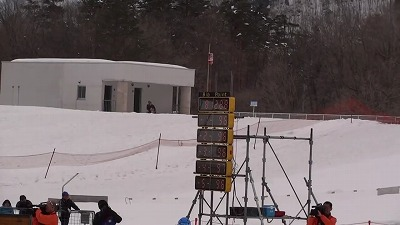 【技術選】2012 全日本スキー技術選手権 ジャンプ台小回り 丸山vs吉岡.mp4 (0_04_16) 000027