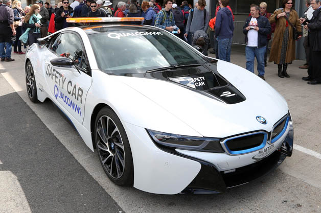 bmw-i8-safety.jpg