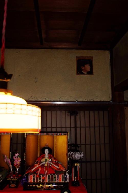 ひなかざり 川本邸 壁の子供