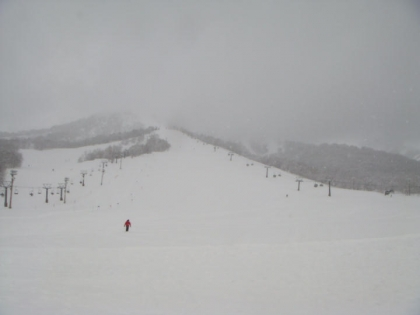 ニセコモイワ・スキー場にて