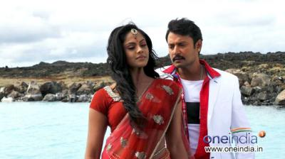karthika-nair-darshan-in-kannada-movie-brindavana_137576552600_convert_20140709091208.jpg