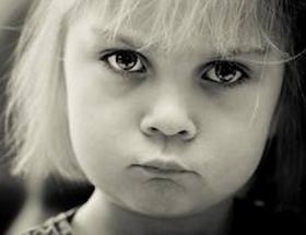 子供 怒る 叱る