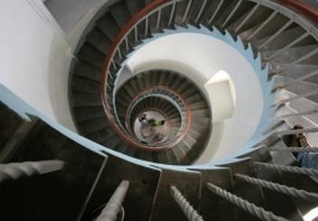 螺旋階段 らせん