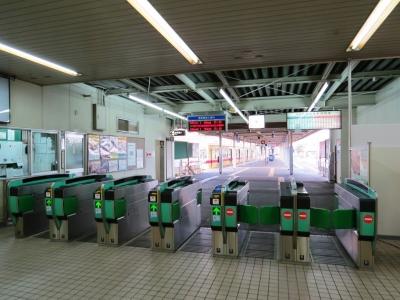 西鉄貝塚線貝塚駅