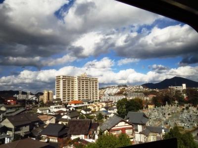 北九州モノレールウルトラマンラッピング車車窓