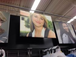カナダのスーパーに「あの女」がいたwwwwwwwwwww