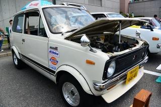 ハッピネス・ヒル・幸田 わくわくキッズフェスティバル2014 ビンテージカー&スーパーカー展 三菱 ミニカ55<br />