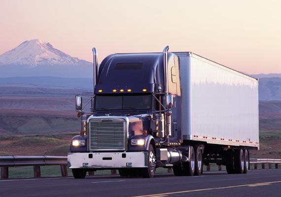 freightliner-trucks-classic-pg1