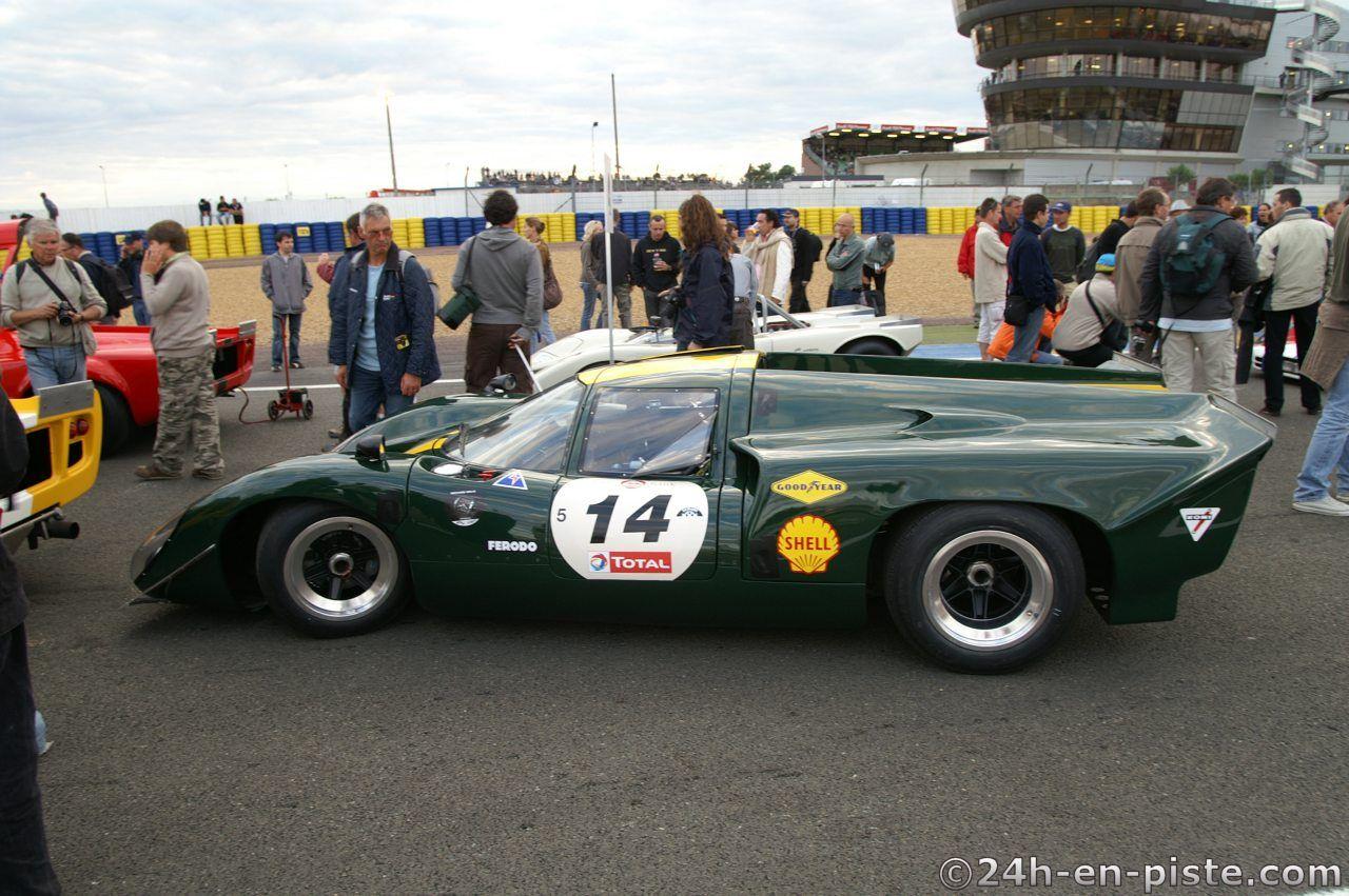 A008_2008_07_12_Le_Mans_Classic_08