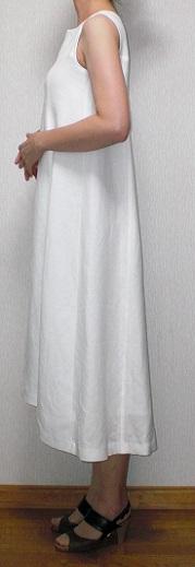 白ドレス横