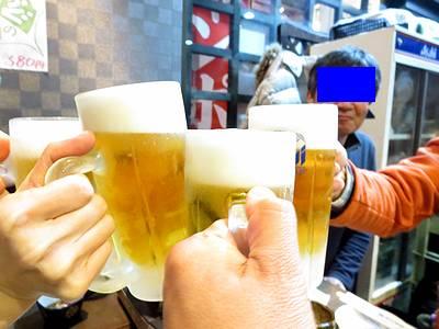メンバー全員で乾杯