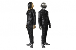 daft-punk-x-medicom-real-action-heroes-random-access-memories-figures-1.jpg