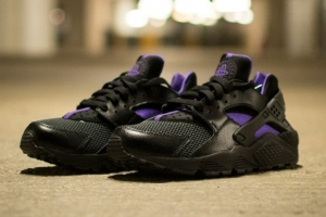 nike-wmns-air-huarache-blackpurple.jpg