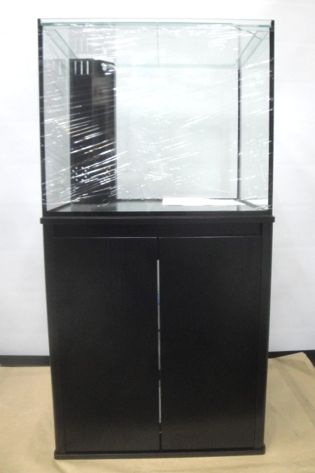 プロスタイル600のブラックです。シックで家具などとも愛称の良いカラーです!