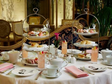 Eloise-Tea-at-The-Plaza-Hotel.jpg
