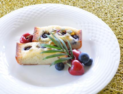 blueberry&cherryフィナンシェ