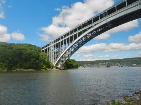 ハドソン川に架かる橋