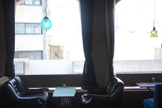 MOND CAFE020