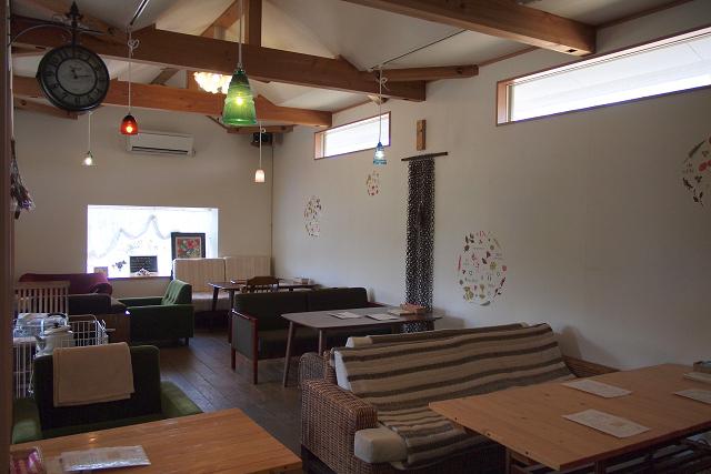 c-base-cafe007.jpg