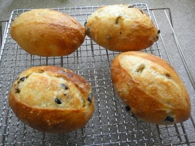 オリーブの実のパン