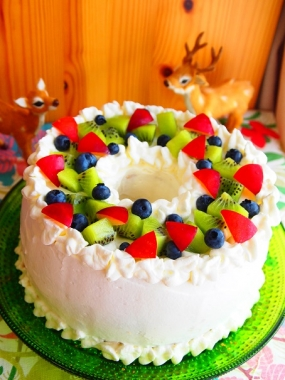 fruit chiffon cake
