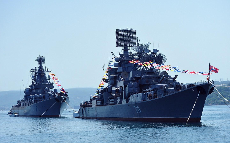 最後のカーラ級ミサイル巡洋艦ケ...