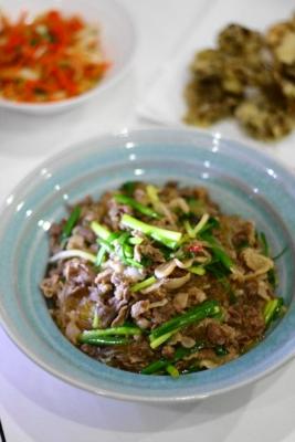 牛肉と春雨のピリ辛炒め煮2