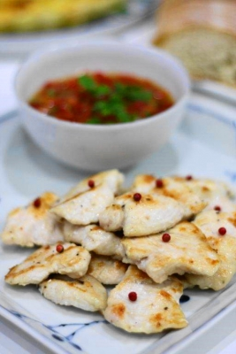 鶏胸肉の塩麹ソテー1