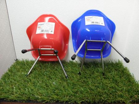 P4050380_convert_20140405140130100均プラ椅子7