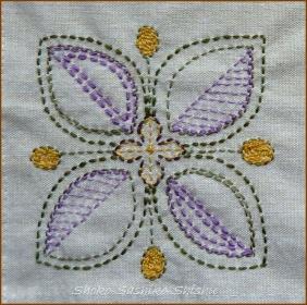 20140414 模様 紫 葉か花か