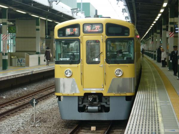 2013-12-27 西武2085F 各停所沢行き2